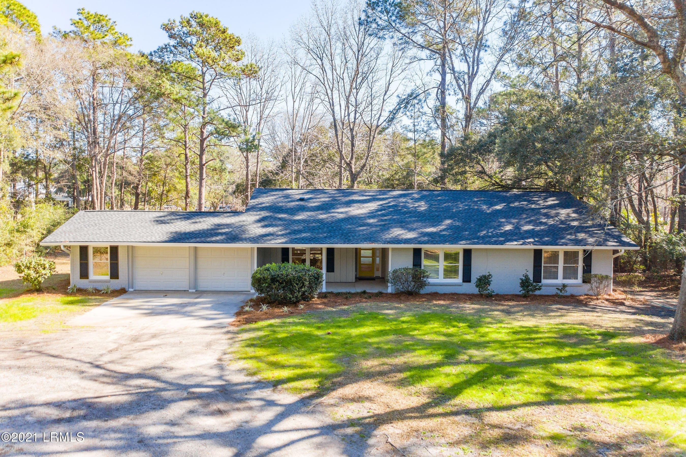 Photo of 12 Moultrie Court, Beaufort, SC 29907