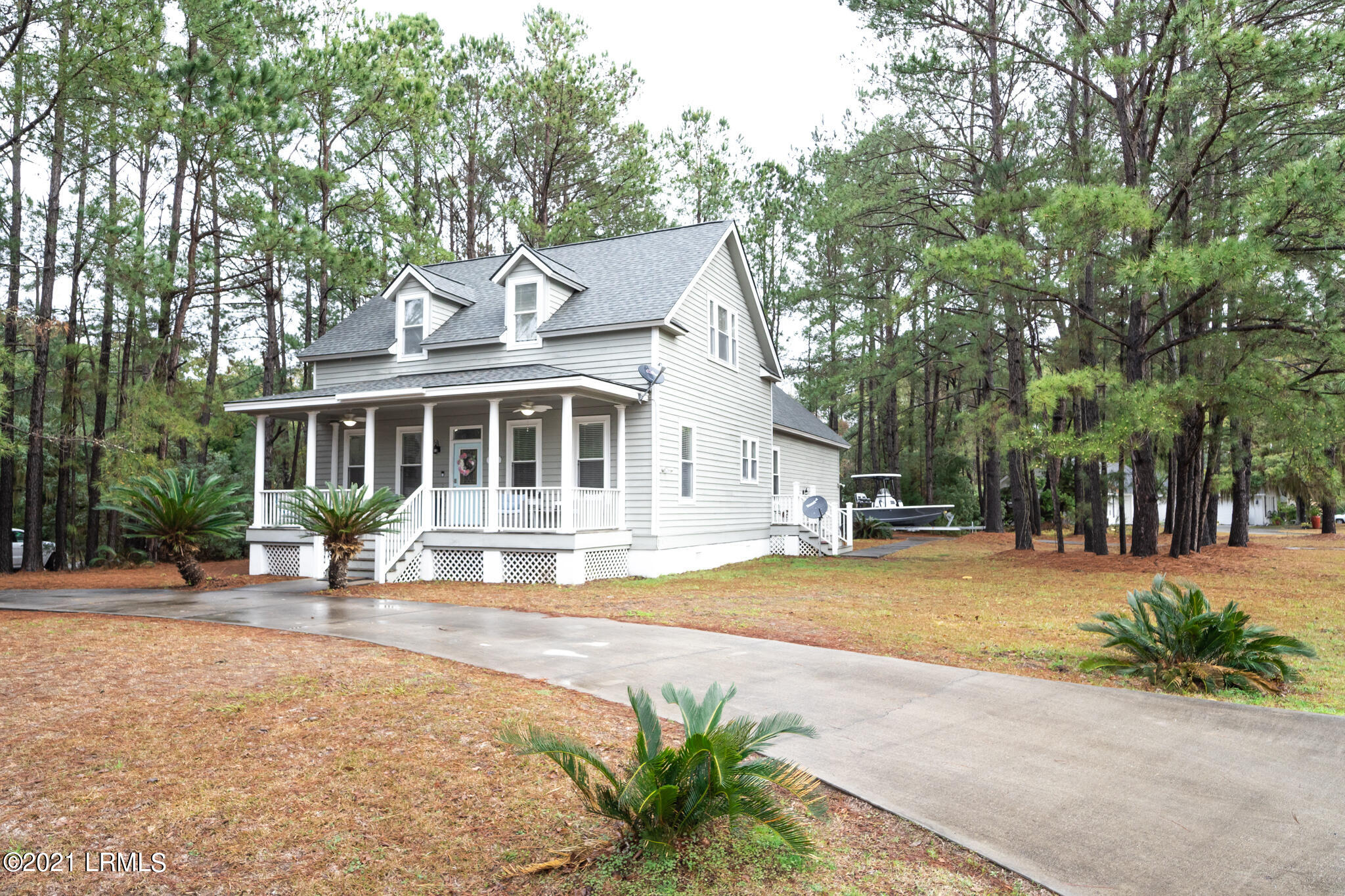 Photo of 277 Pleasant Point Drive, Beaufort, SC 29907