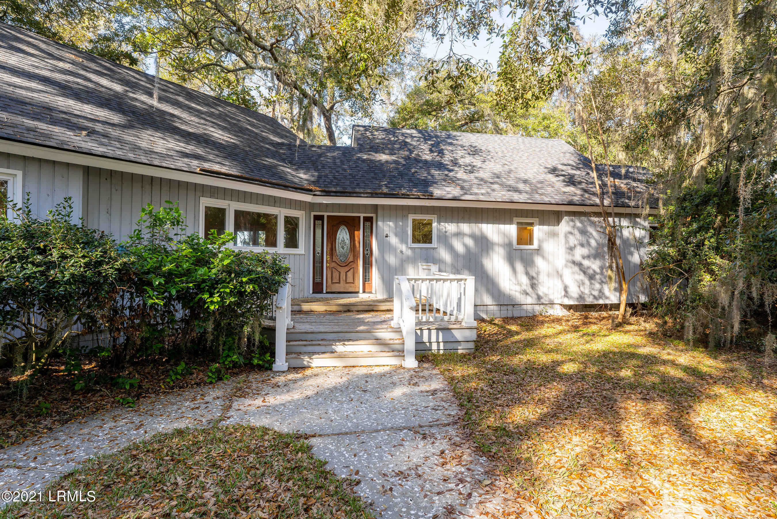 Photo of 120 Dolphin Point Drive, Beaufort, SC 29907