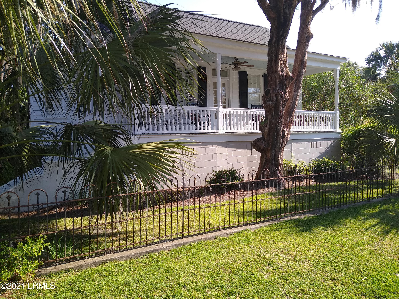Photo of 407-09 Laurens Street, Beaufort, SC 29902