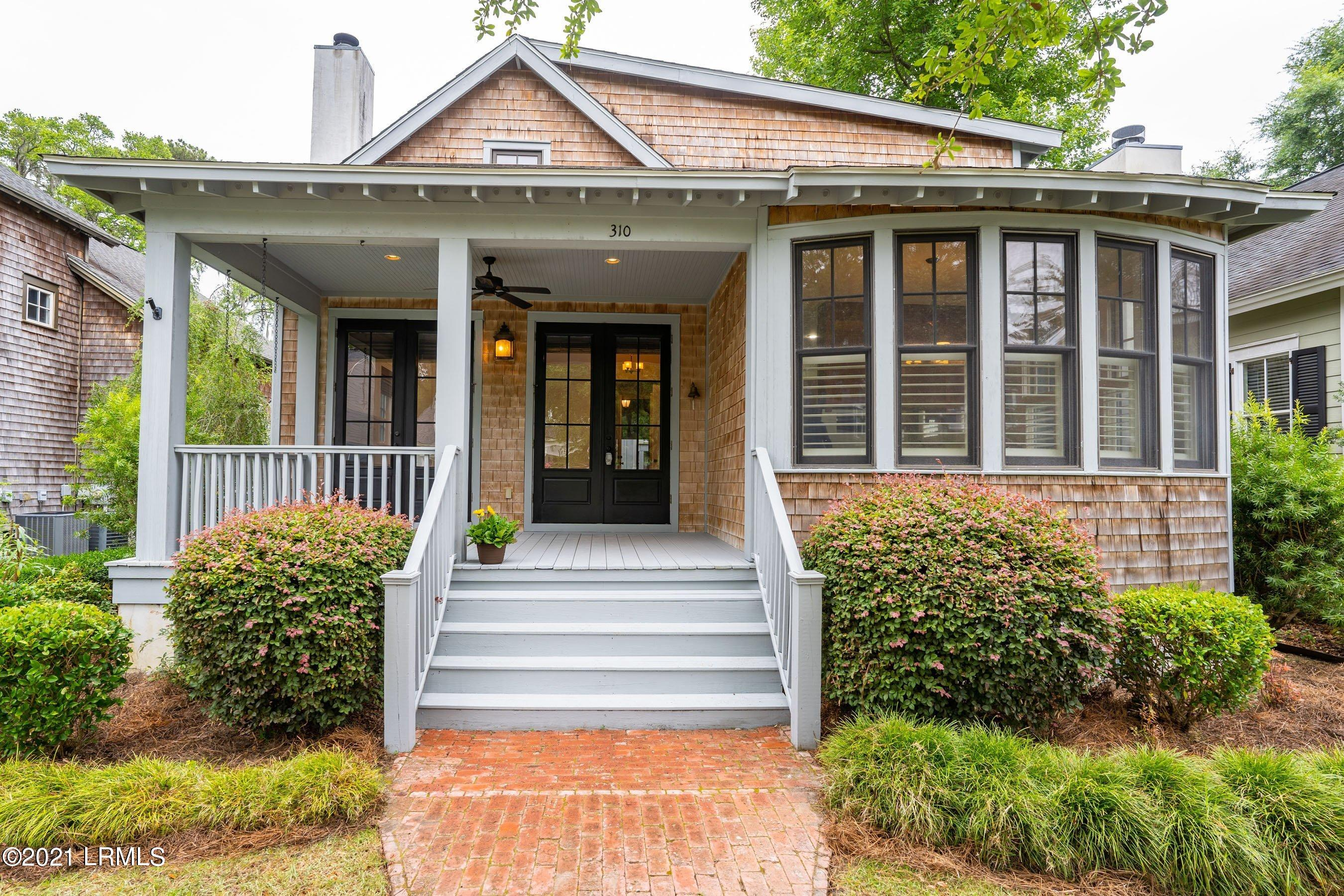 Photo of 310 Cockle Lane, Beaufort, SC 29906