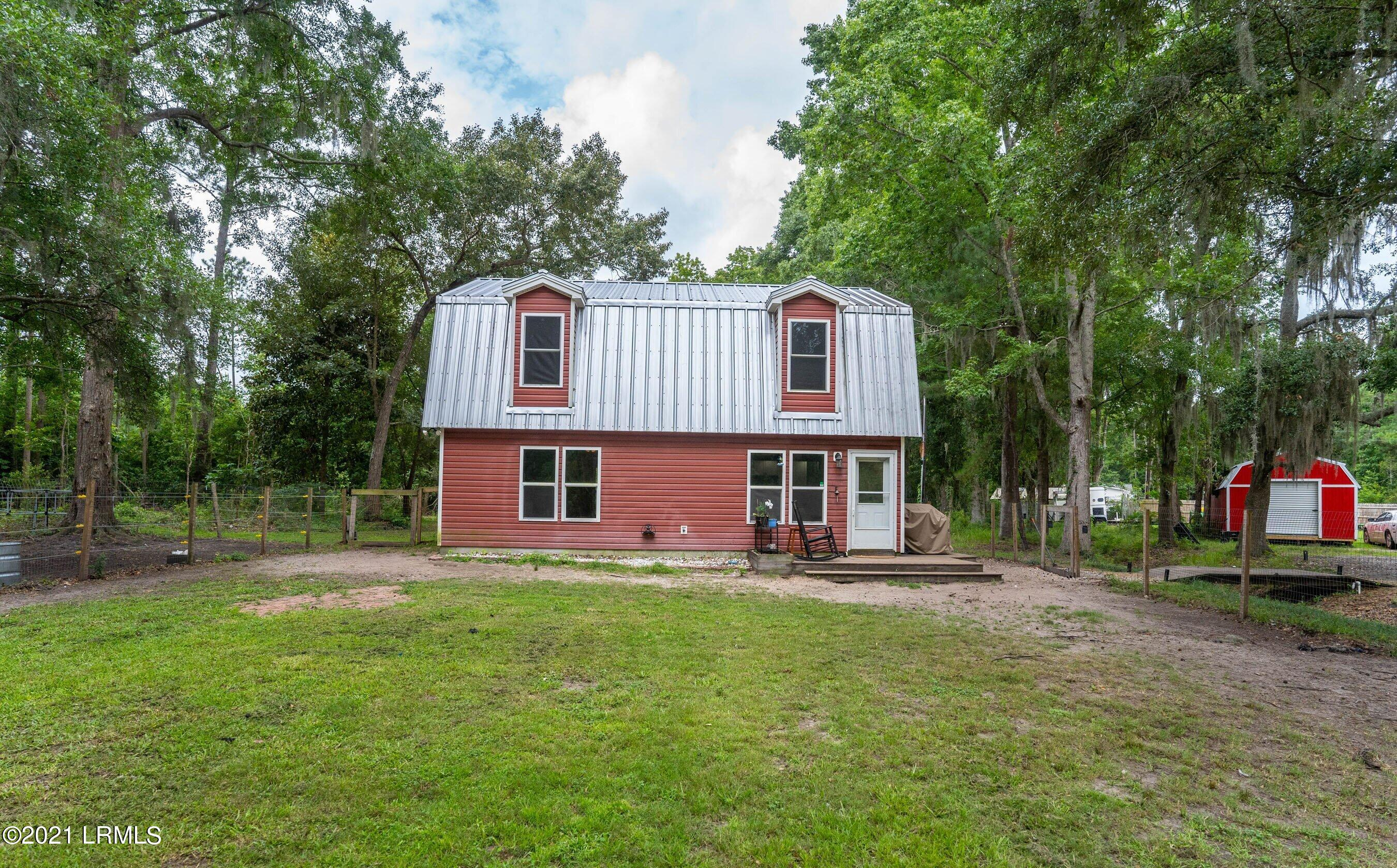 Photo of 85 Rivers Hill Road, Beaufort, SC 29906