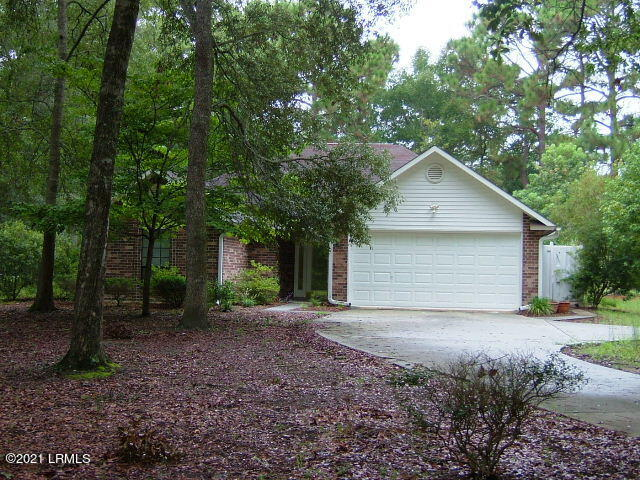 Photo of 591 Sams Point Road, Beaufort, SC 29907