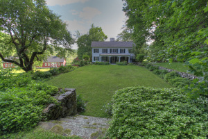 13 Ice Glen Rd, Stockbridge, MA 01262