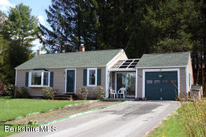 15 Mt Washington Rd, Egremont, MA 01258