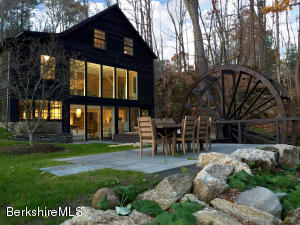 22 YALE HILL, Stockbridge, MA 01262