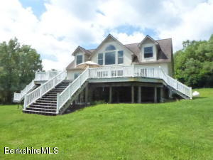 1565 Hancock Rd, Williamstown, MA 01267