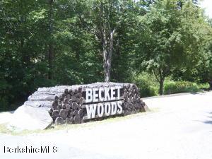 -0- WOODMERE Rd Becket MA 01223