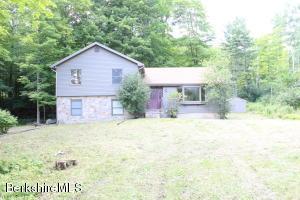 1090 State Rd, Richmond, MA 01254