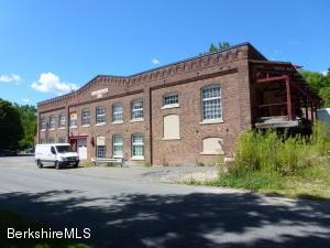 63 Walden St, North Adams, MA 01247