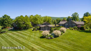465 Stratton Rd, Williamstown, MA 01267