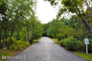 5 East Mountain Rd, Great Barrington, MA 01230