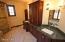 250 West St, Lenox, MA 01240