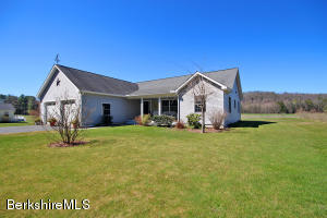 353 North Plain Rd, Great Barrington, MA 01230
