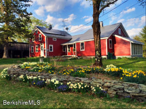 250 Cold Spring Rd, Sandisfield, MA 01255
