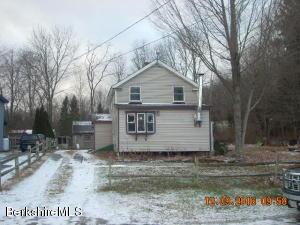 35 Albany Rd, West Stockbridge, MA 01266
