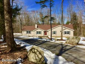 305 Forest Hill Dr, Hinsdale, MA 01235