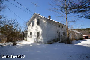 174 Fort Hill, Pittsfield, MA 01201