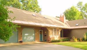 91 Oak, North Adams, MA 01247