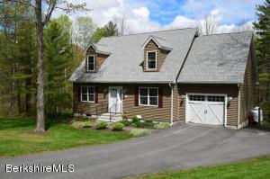 14 Smith Rd, West Stockbridge, MA 01266