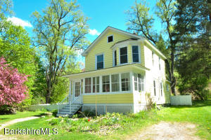 47 Robert St, Lee, MA 01238