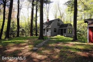 132 Dawn Dr, Becket, MA 01223