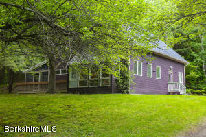 84 West Mountain Rd, Lenox, MA 01240