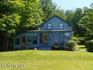 586 North Hoosac Rd, Williamstown, MA 01267
