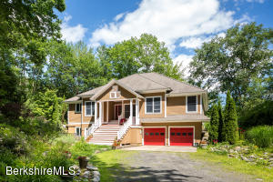 21 Alford, West Stockbridge, MA 01266