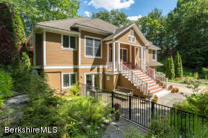 21 West Alford Rd, West Stockbridge, MA 01266