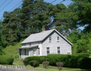 Sunny little riverfront house