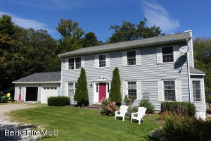 62 Mountain Pond Ln, New Ashford, MA 01237
