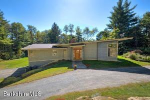 12 Baldwin Hill Rd, Egremont, MA 01230