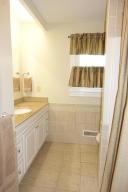 37 Bulkley St Williamstown MA 01267