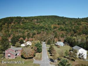 1-6 Birch Ln, Great Barrington, MA 01230