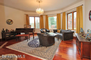46 Bow Wow Egremont MA 01258