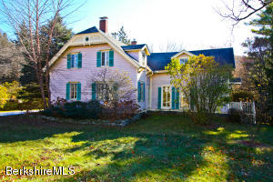 74 East Main St, Stockbridge, MA 01262