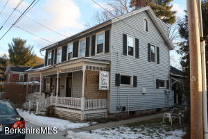 10 Dresser Ave, Great Barrington, MA 01230