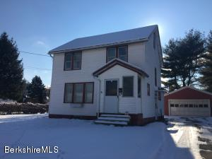 52 Reed St, Great Barrington, MA 01230