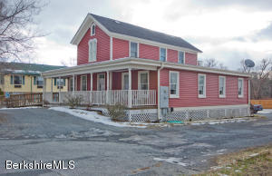 160 Housatonic, Lee, MA 01238