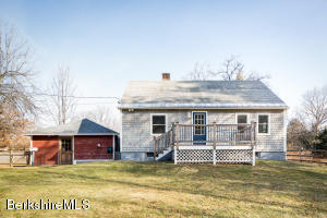 15 Laurel St, Great Barrington, MA 01230