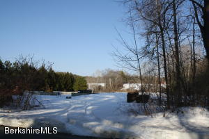 110 Green River Rd, Alford, MA 01230