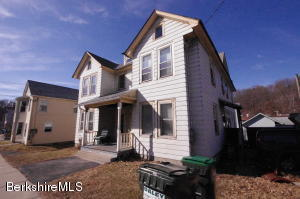 107 Center St, Lee, MA 01238