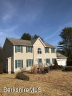 25 Cobblestone Cove, Pittsfield, MA 01201