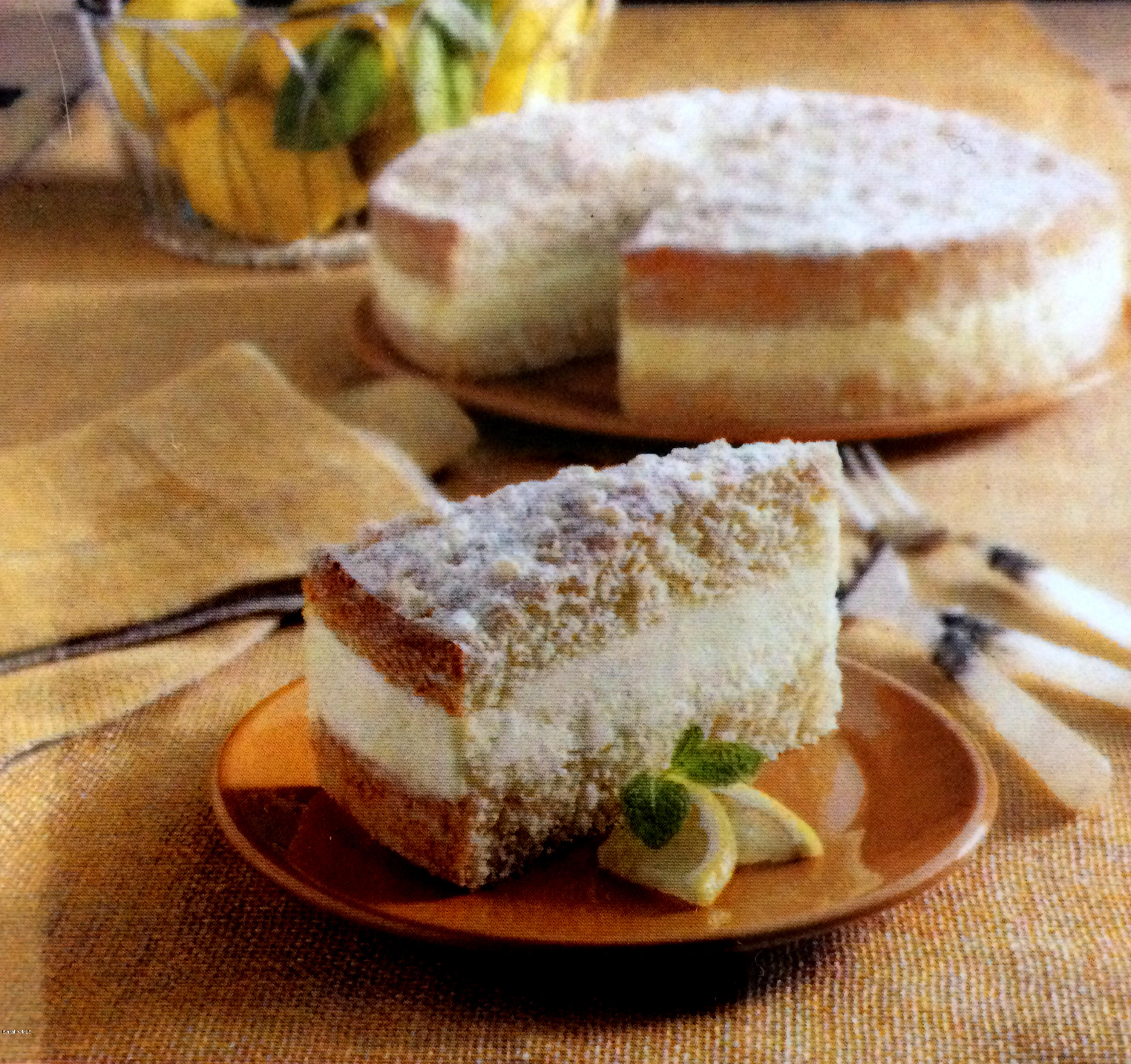 Lemon Italian Cream Cake
