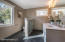 Master Suite/Bathroom 4