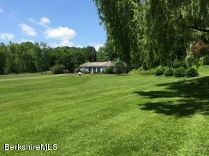 1521 Green River, Williamstown, MA 01267