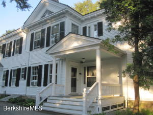 41 Main St, 7 St St, Stockbridge, MA 01262
