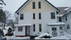 265 Pecks, Pittsfield, MA 01201
