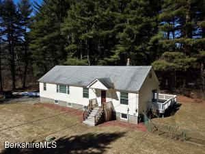 16 South St, Stockbridge, MA 01262